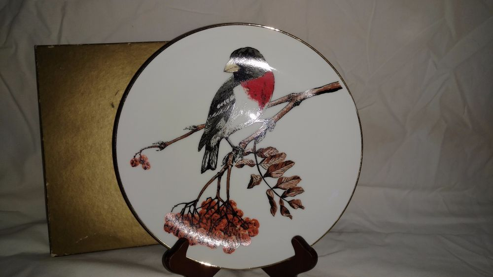 Plate stands & Vintage Shedd Brown Songbirds of America Rose Breasted Grosbeak ...