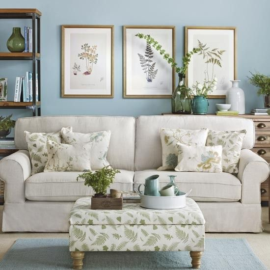 Simple Living Room: Botanical Blue And Green Living Room