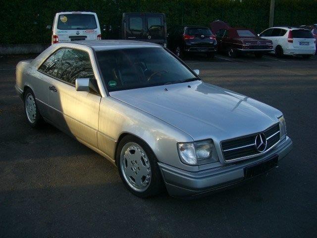 Mercedes-Benz E300 Coupe - 1993