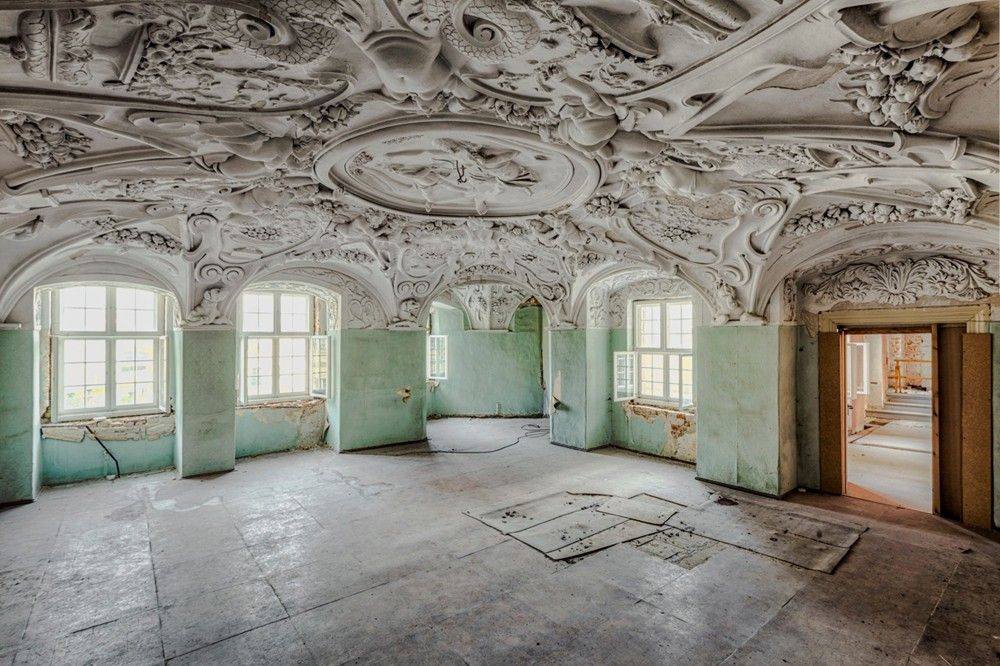 Beautiful Abandoned. Look at the ceiling details.