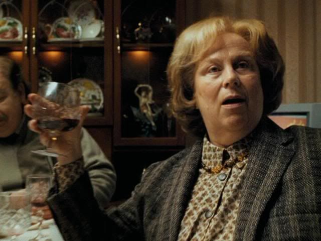 Muggles Marge Dursley Is Vernon S Sister Marge Lives In The Country And Rarely Vi Harry Potter Characters Harry Potter Character Quiz Harry Potter Obsession