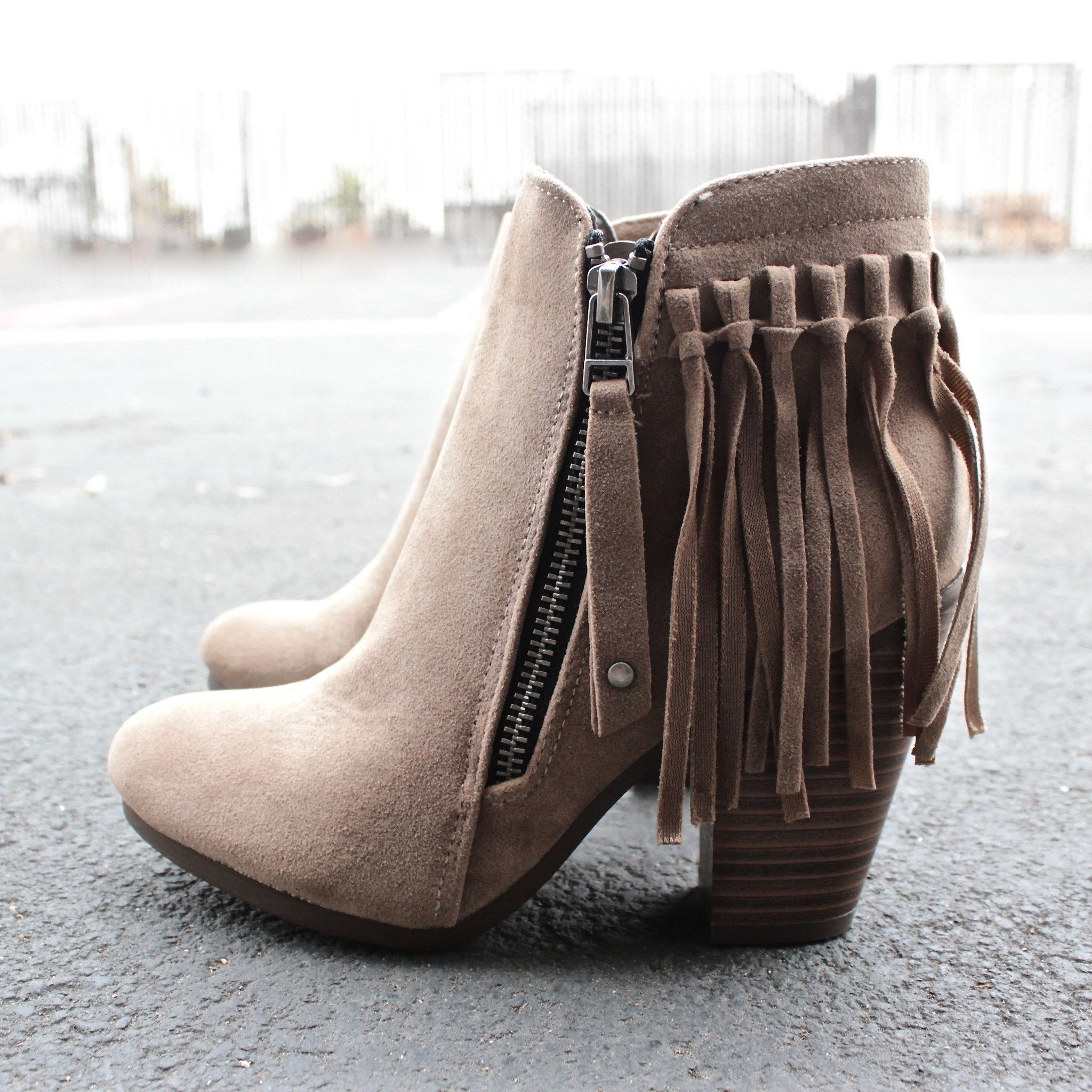 Side Fringe Western Low Heel Pointed Toe Ankle Boot Bootie