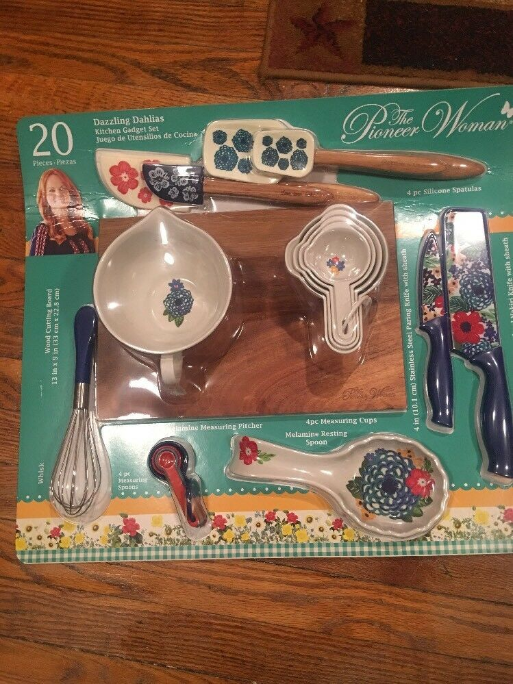 Awesome Kitchen Gadgets Ideas Kitchengadgets Awesomekitchengadgets New The Pioneer Woman 20 Piece Kit Pioneer Woman Kitchen Pioneer Woman Women Accessories