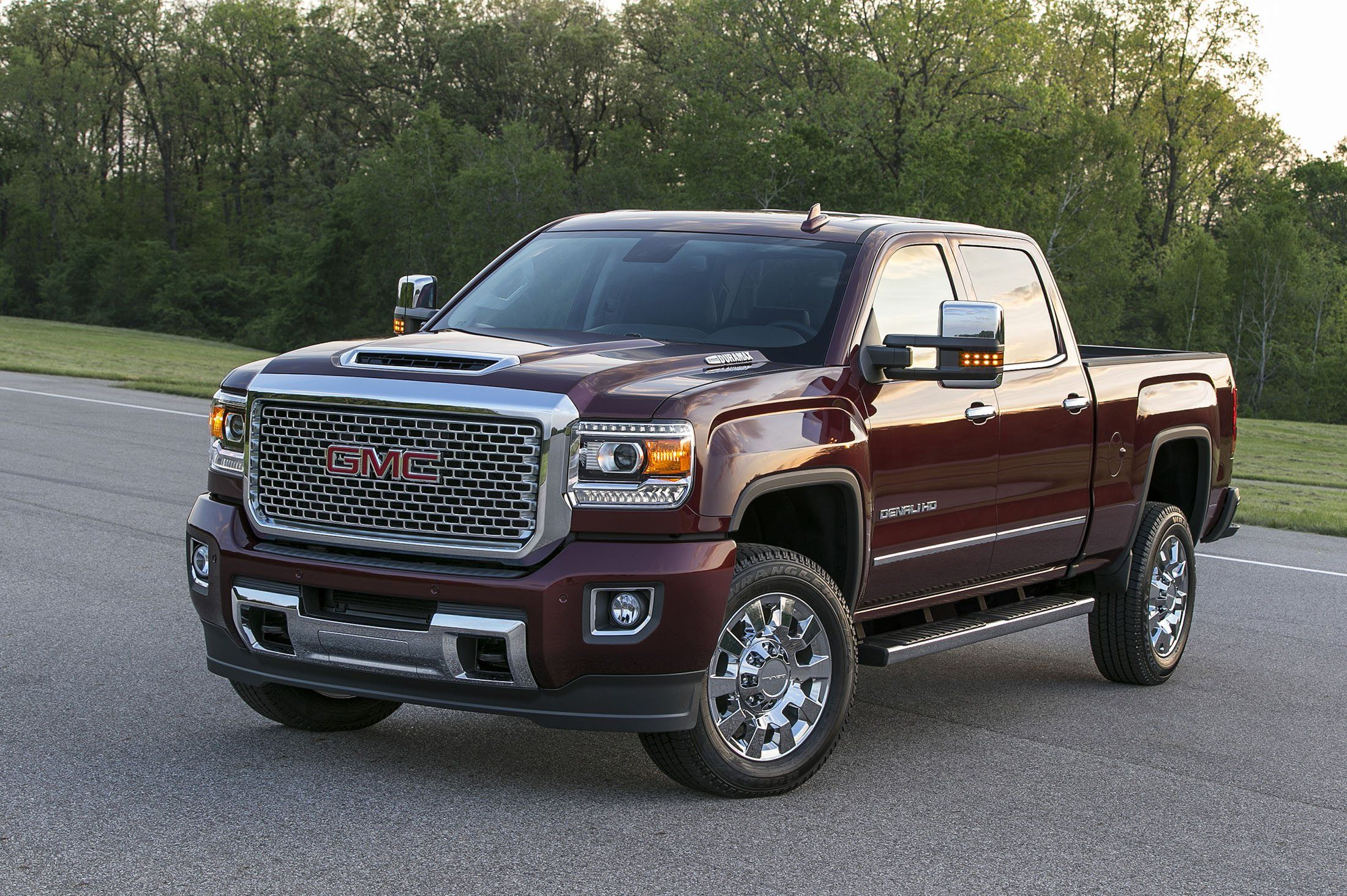 2020 Gmc Canyon Denali Concept And Review In 2020 Gmc Sierra Denali Gmc Sierra Gmc Sierra 2500hd