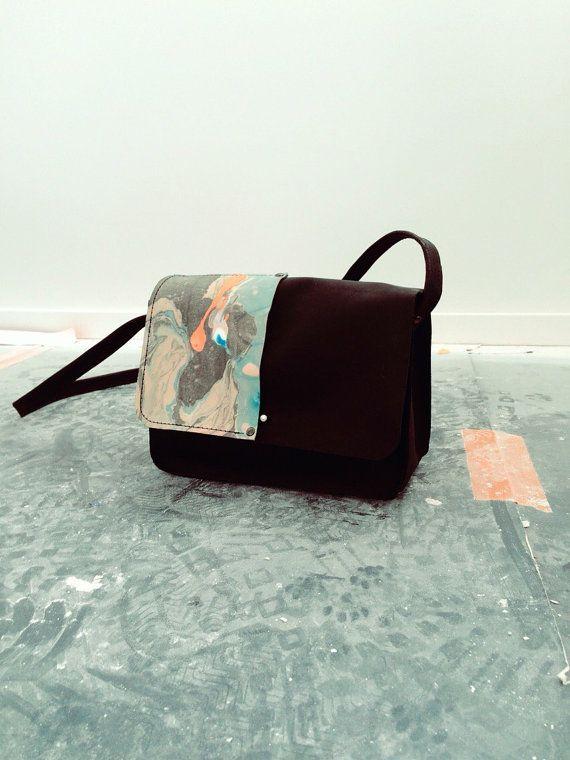 MARBLE  leather cross body bag van mariekaratsma op Etsy