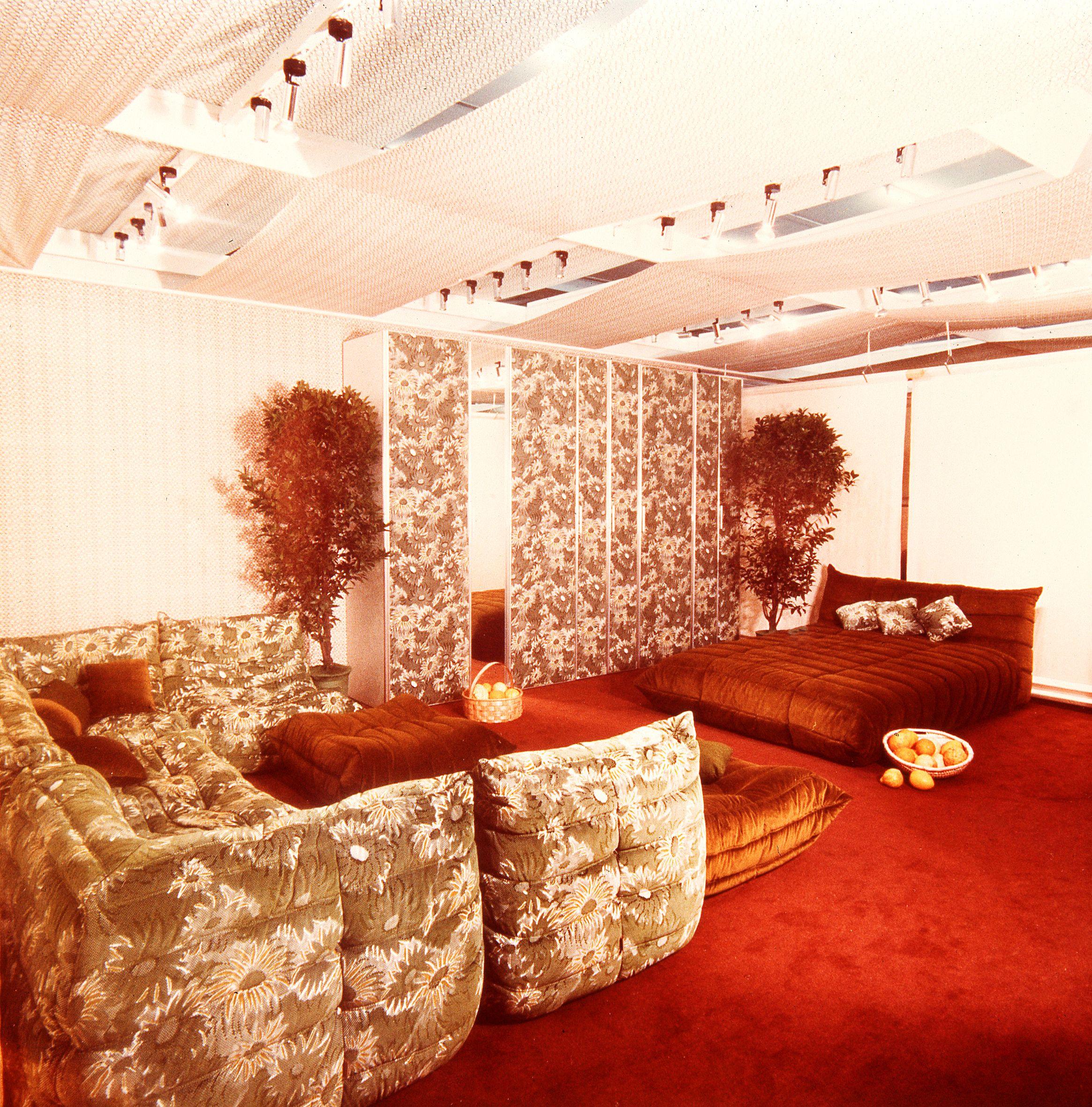 ligne roset togo vintage ameublement pinterest ameublement. Black Bedroom Furniture Sets. Home Design Ideas