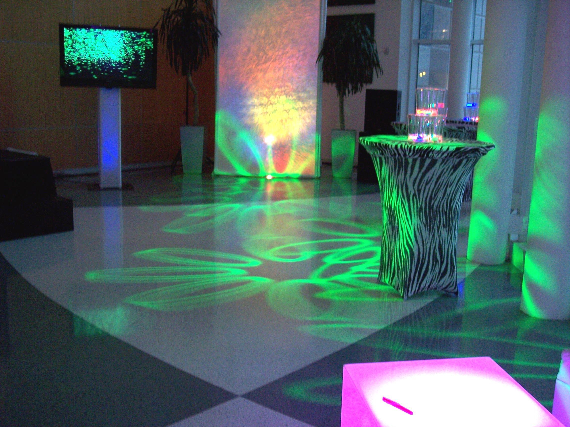 Intelligent Robotic Lights! #Palmettobayvillagecenter#Mitzvahlighting & Intelligent Robotic Lights! #Palmettobayvillagecenter ...