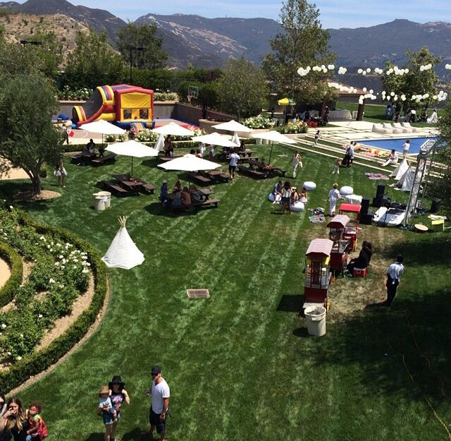 Norths first B-Day party view!!!!!:)(:
