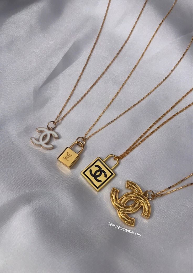 simple gold chanel chains