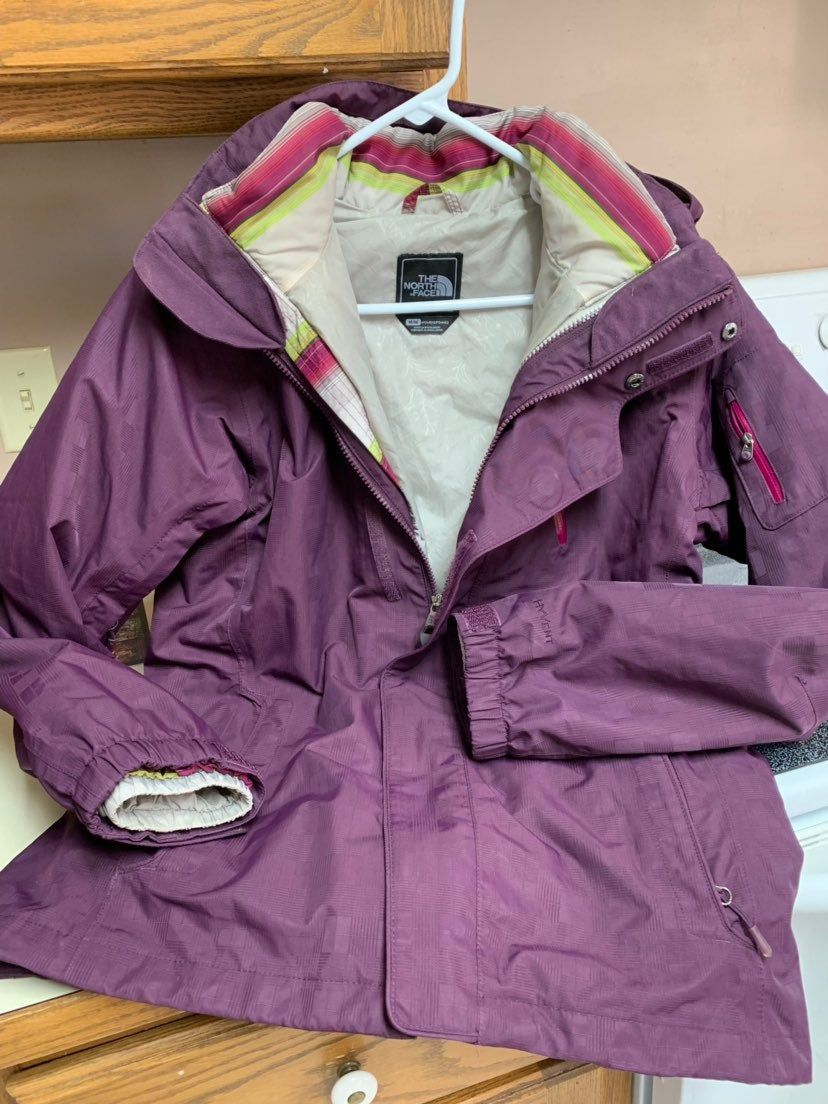 Women's North Face Jacket > Excellent condition jacket
