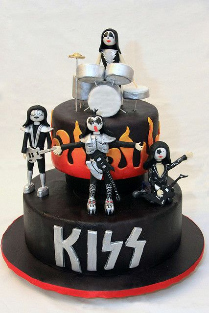 Kiss Food Drinks Pinterest Cake Music Cakes And Cake Recipes
