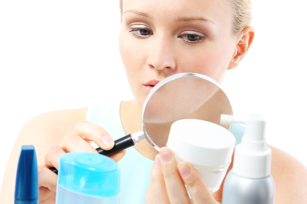 15 Toxic Ingredients To Avoid In Skincare Products (With