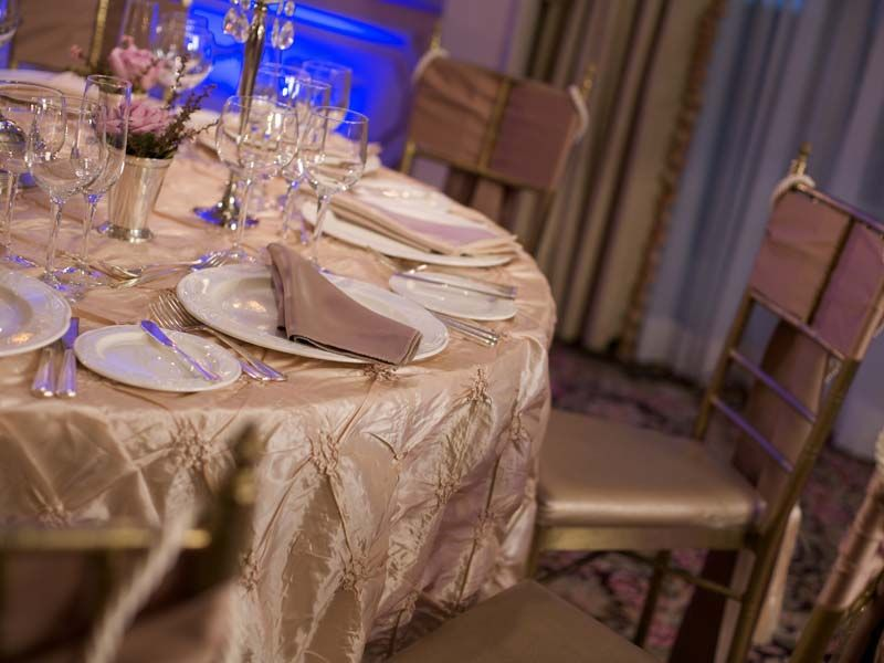 Party Linen Rental Special Event Rentals Specialty Wedding Chair Covers Cloth Connection Nationwide Table Linen Rentals Wedding Tablecloths Wedding Linens