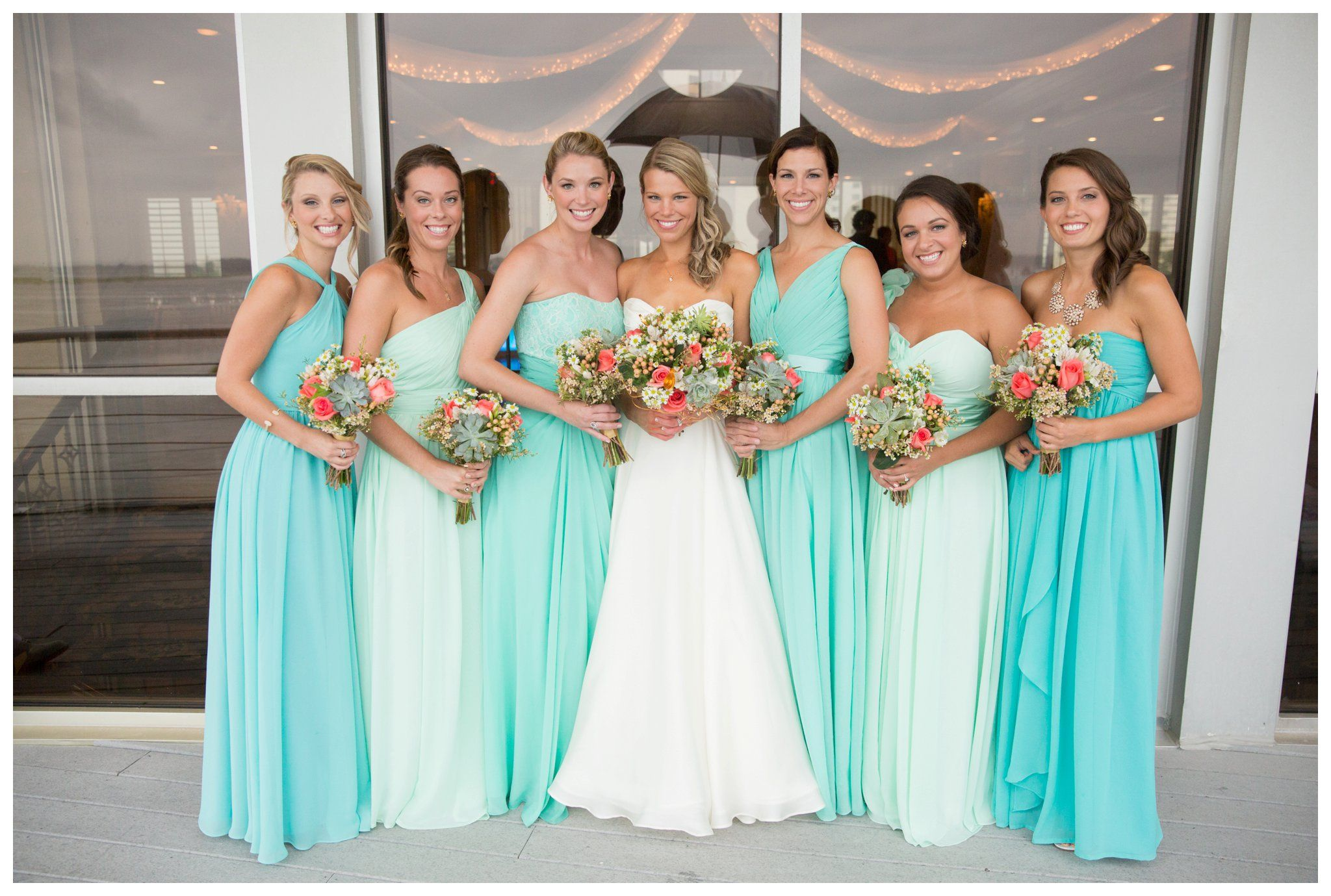Lesner inn seer sucker mint turquoise gold and coral for Mint and gold wedding dress
