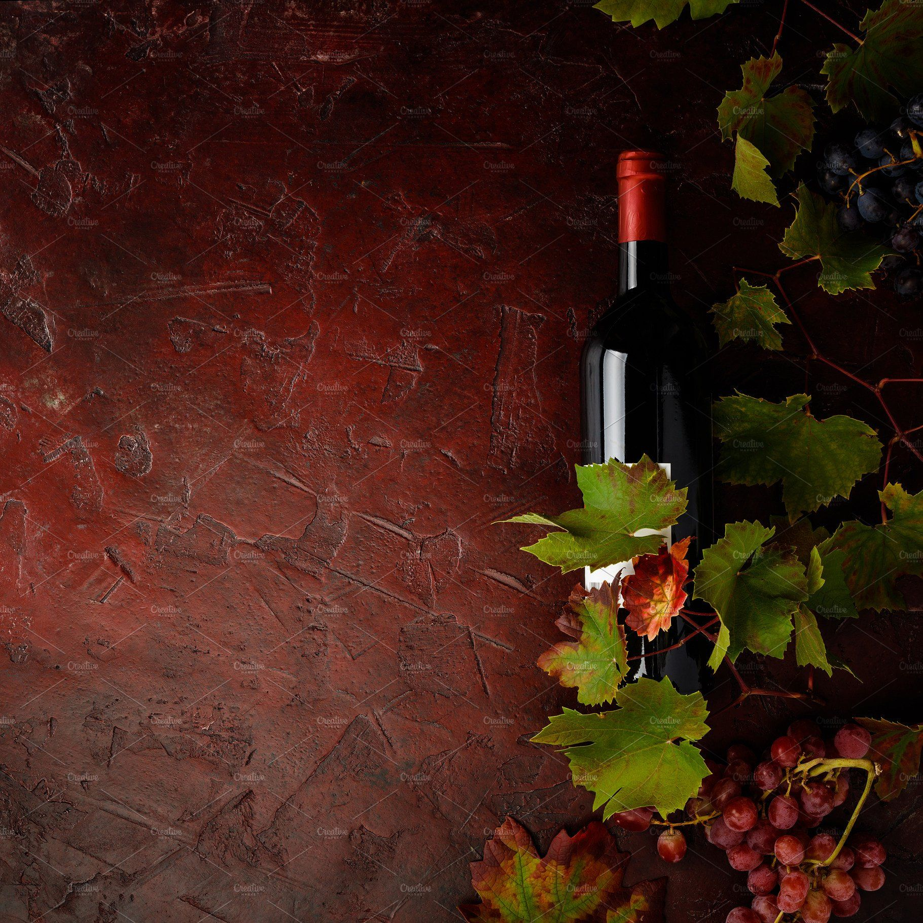 Wine Composition On Rustic Backgroun Wine Grapes Dark Backgrounds