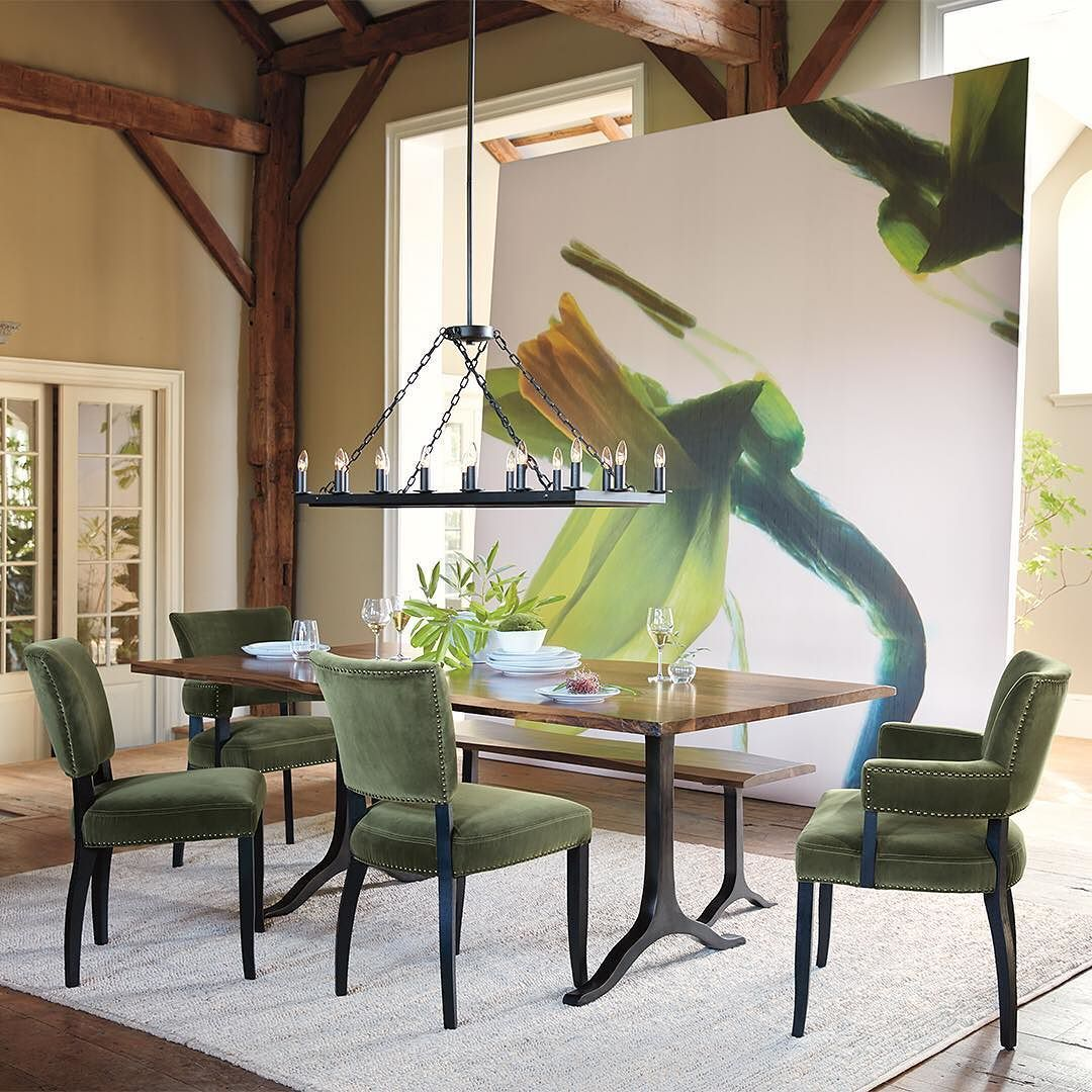 Exceptionnel Let Meals Flourish With Our Amish Made Ansel Dining Table ...