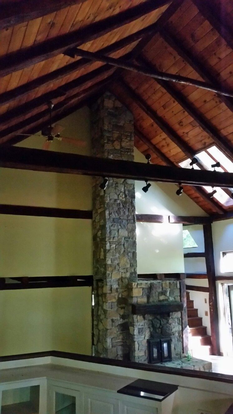 Open wall to upper bed, on left .barn doors to bridge? Expand upper level over living room??