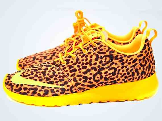 Nike Roshe Run Fb Ongles Léopard Orange