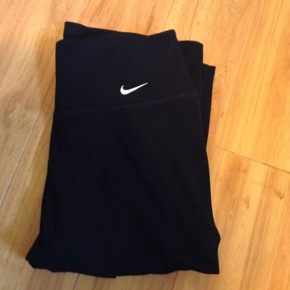 Nike Dri-fit Pants Nike Dri-fit Pants worn and washed once. Like new! (Not the best for women over 5'10 like myself) Nike Pants