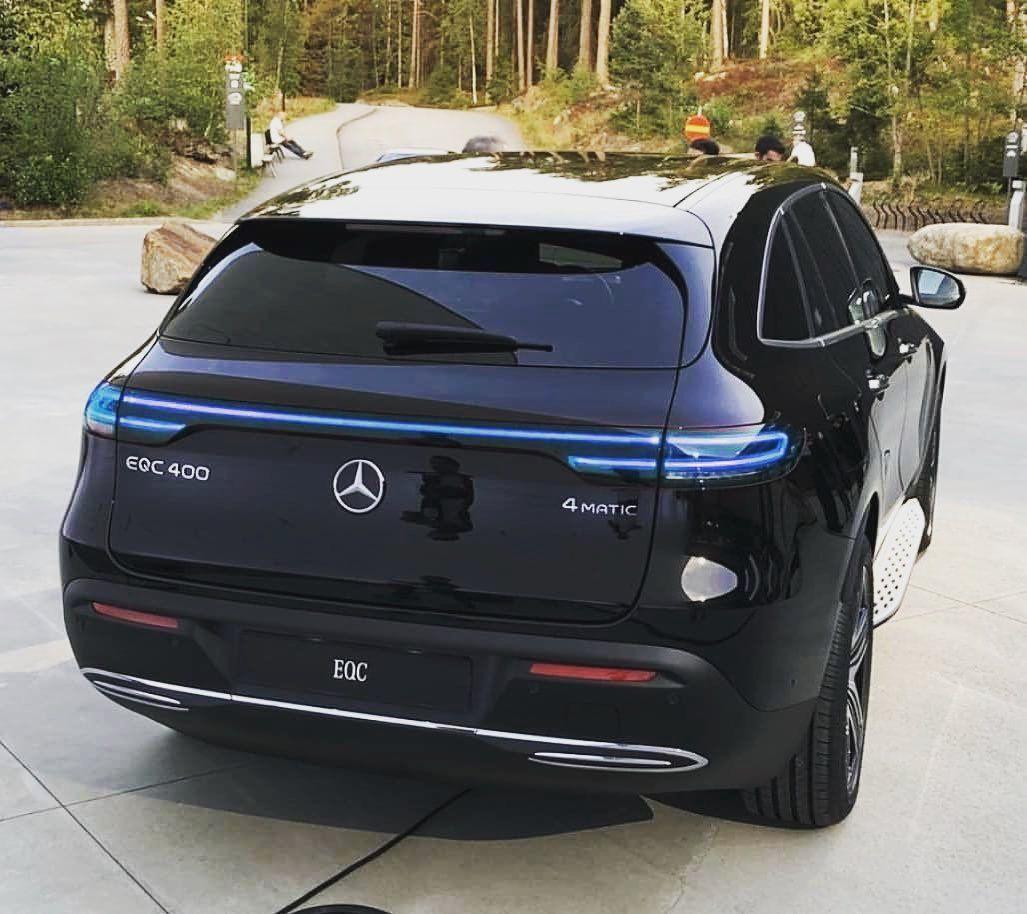 Mercedes EQC 400 💙 Mercedesbenzamg Amg Luxury