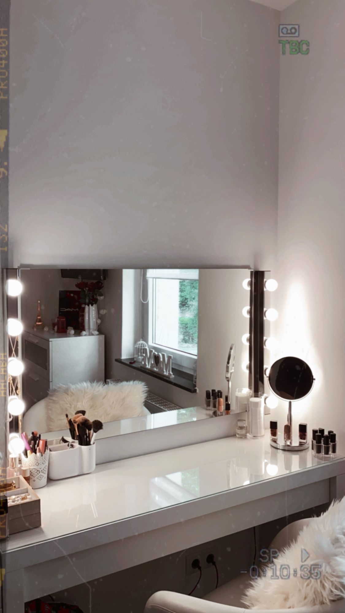 Room Goals schminktisch in 2020 | Zimmer einrichten ...