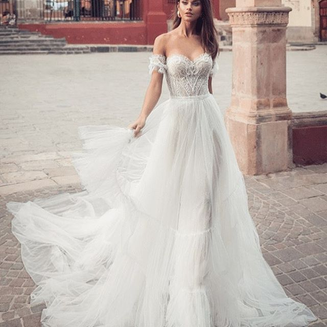 Trouwjurk Verkopen.Je Trouwjurk Verkopen Na De Bruiloft Kapsel In 2019 Wedding