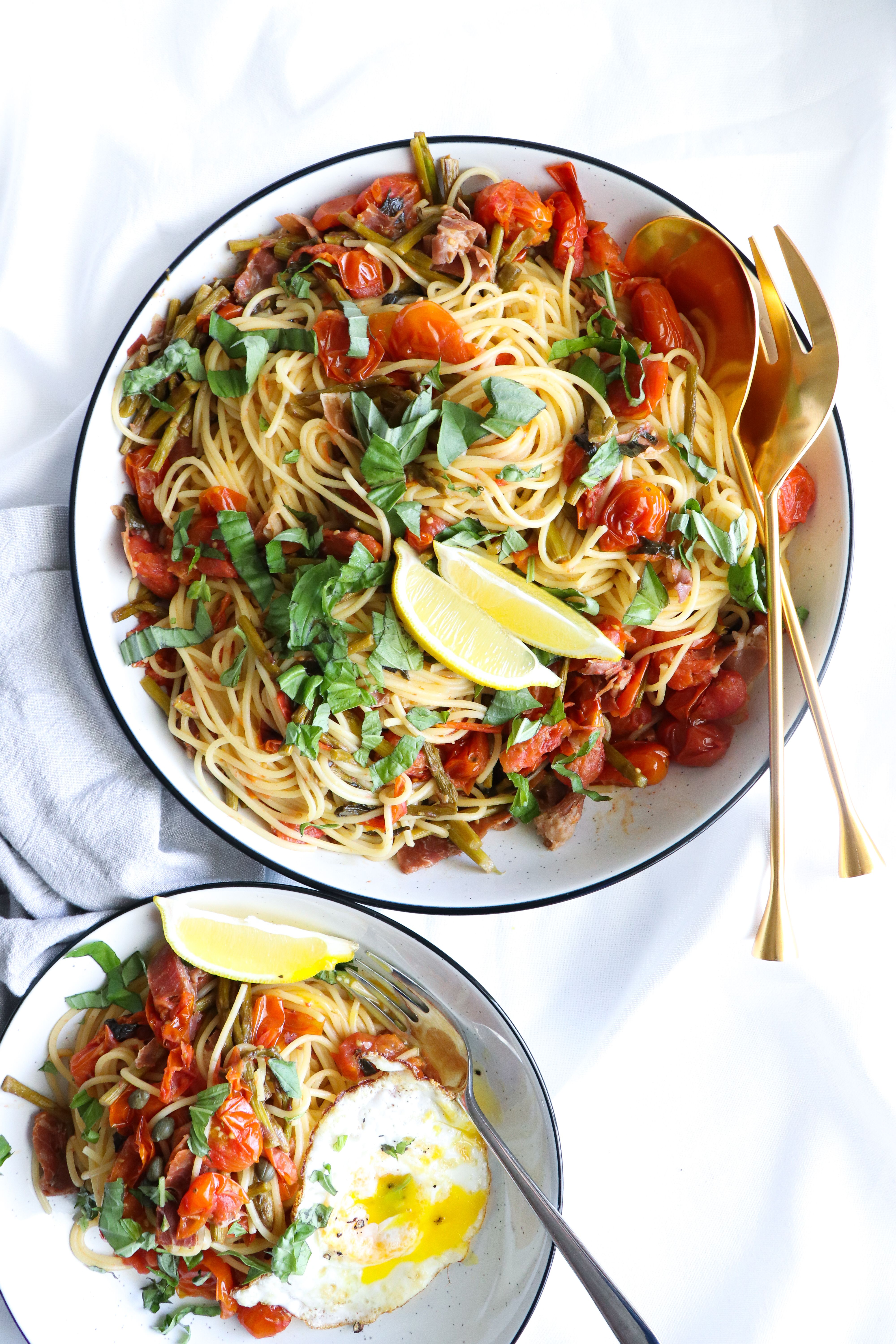 Spaghettini With Prosciutto In A White Wine And Lemon Herb Sauce