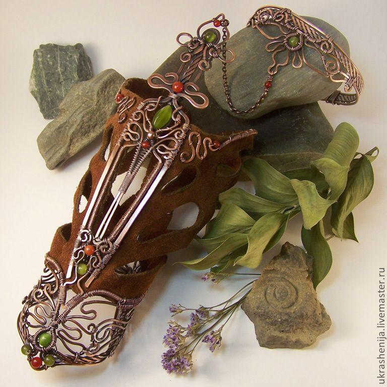 """Купить Наручное украшение """"Магический клинок Лагги"""" - магический, магический браслет, браслет, украшение на руку"""