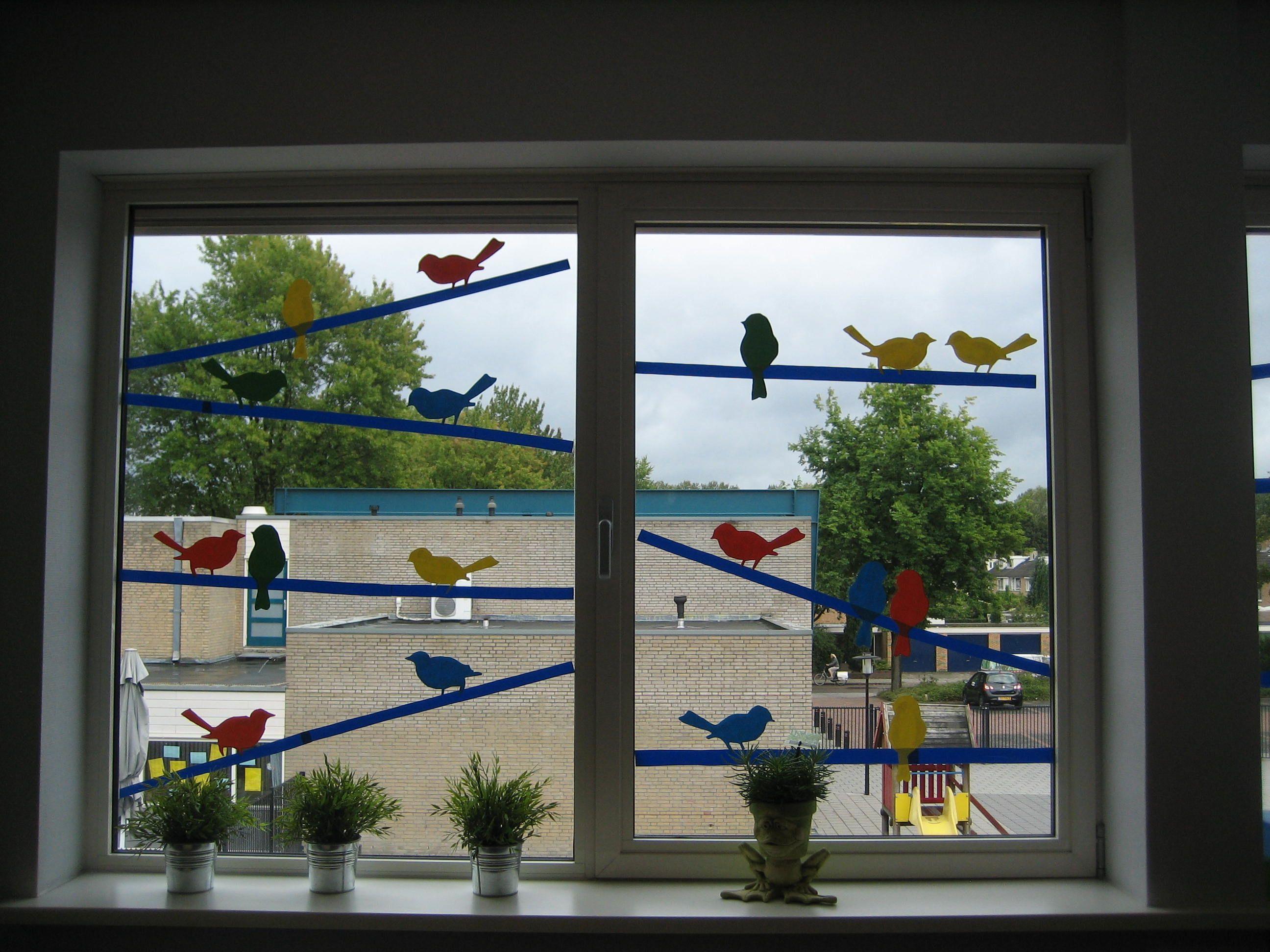 afbeeldingsresultaat voor raamdecoratie klaslokaal work