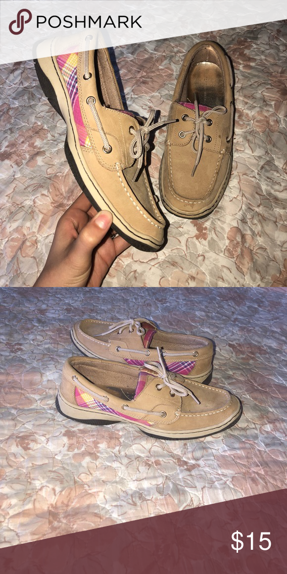 Tommy Hilfiger sperry Tan colored shoes