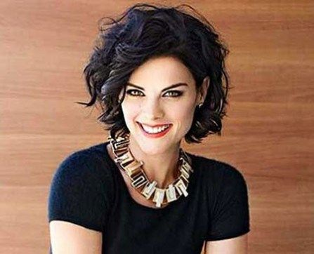 short haircuts for wavy thick hair  oval face hairstyles