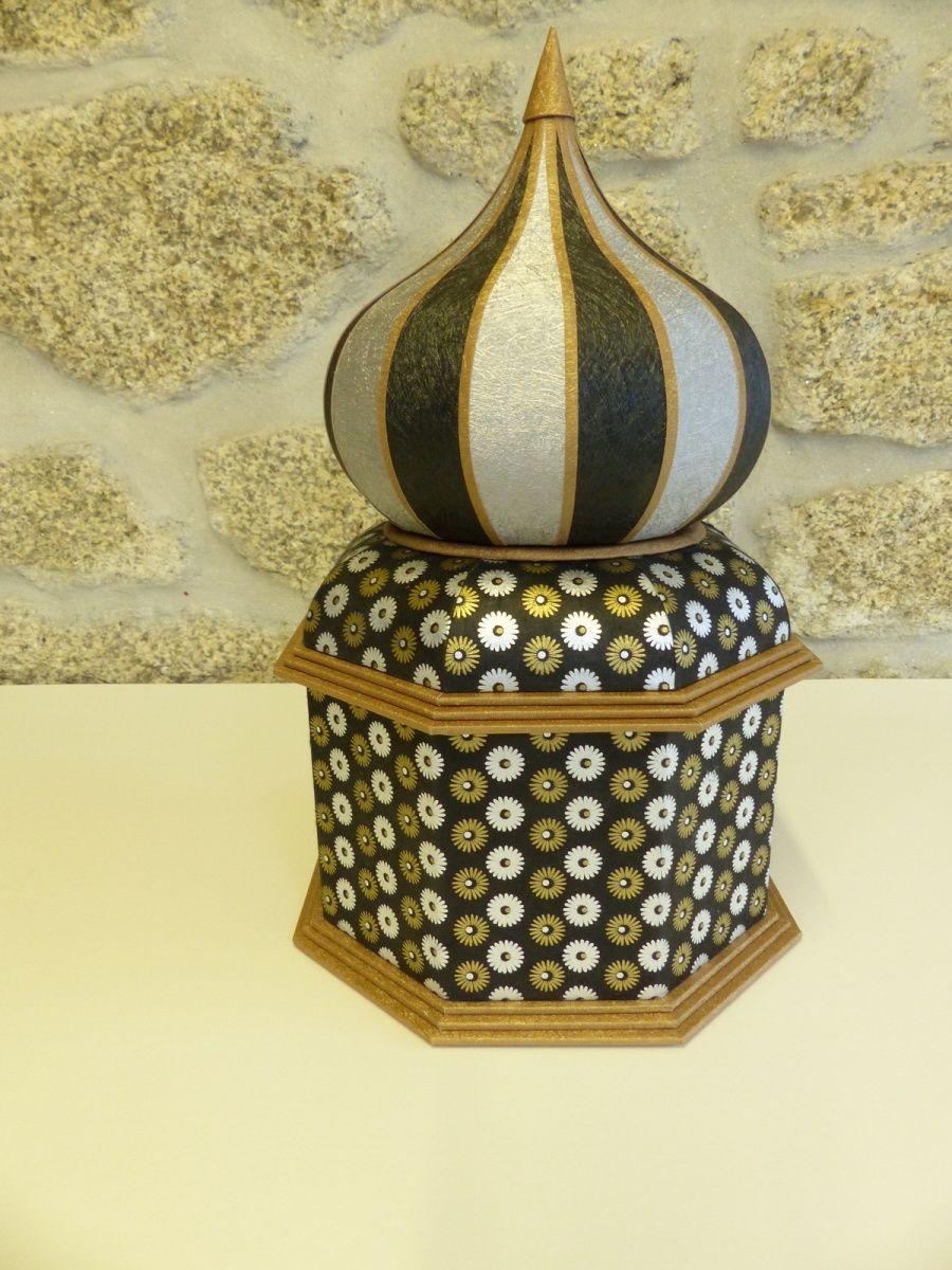 La boite avec un couvercle en dôme bulbe. | Cartonnage | Pinterest