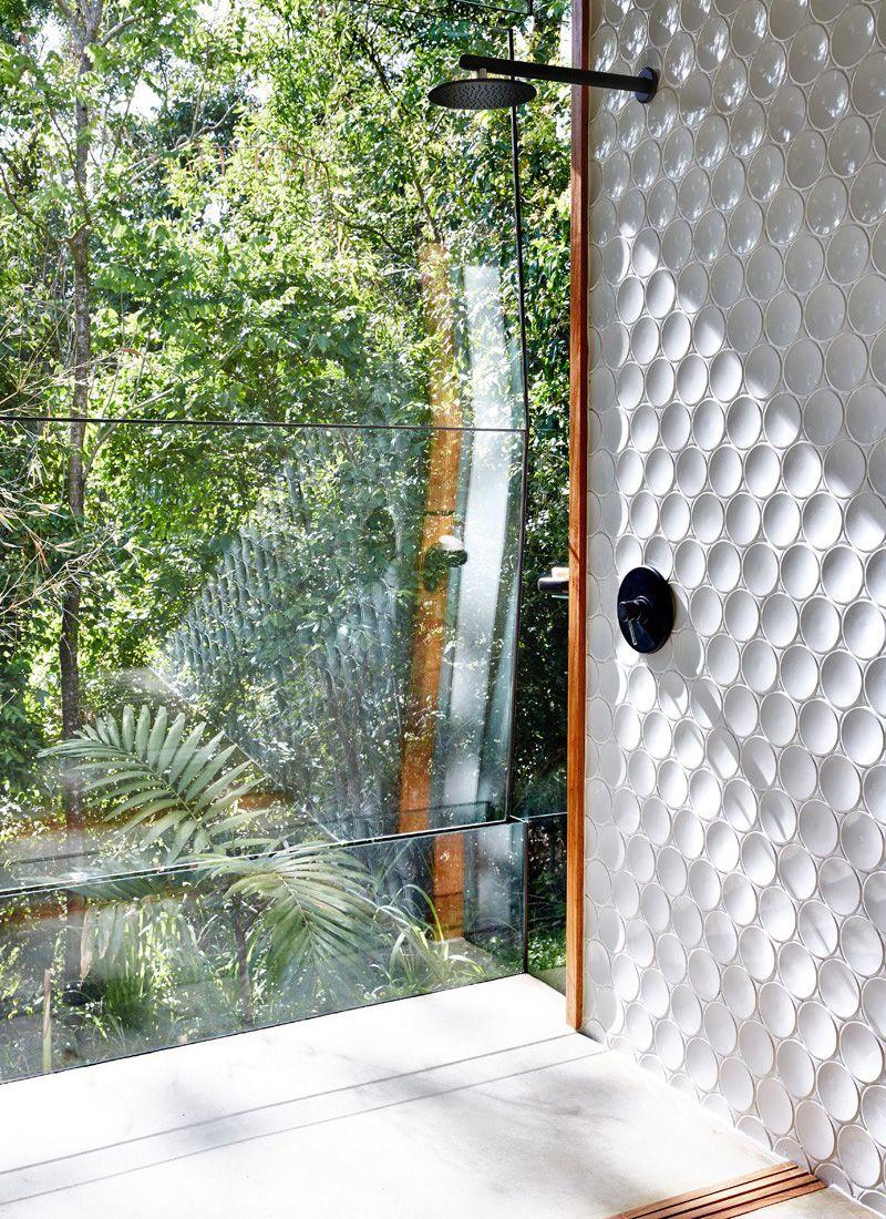 Tropische Design Und Stil Set Im Planchonella Haus In Queensland Australien Badezimmer Design Bad Inspiration Badezimmer Innenausstattung