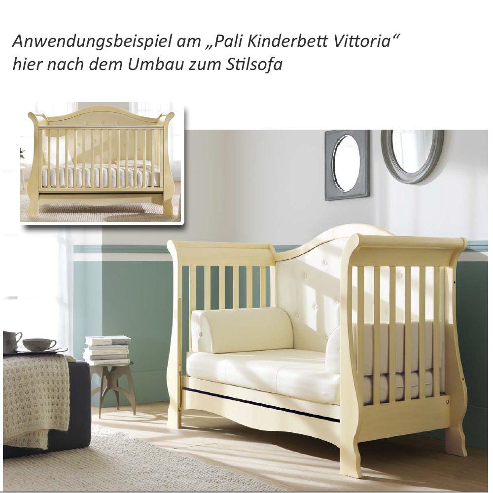 Und hier das Pali Kinderbett Vittoria in der Farbe Antikweiß - natütlich genau so flexibel und ebenfalls umbaubar.