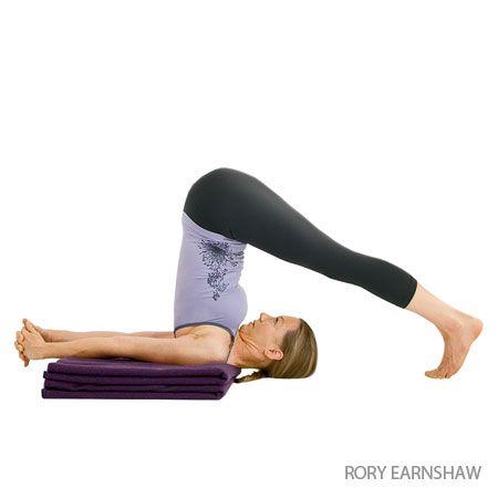 plow pose  yoga santé bien être et Étirements