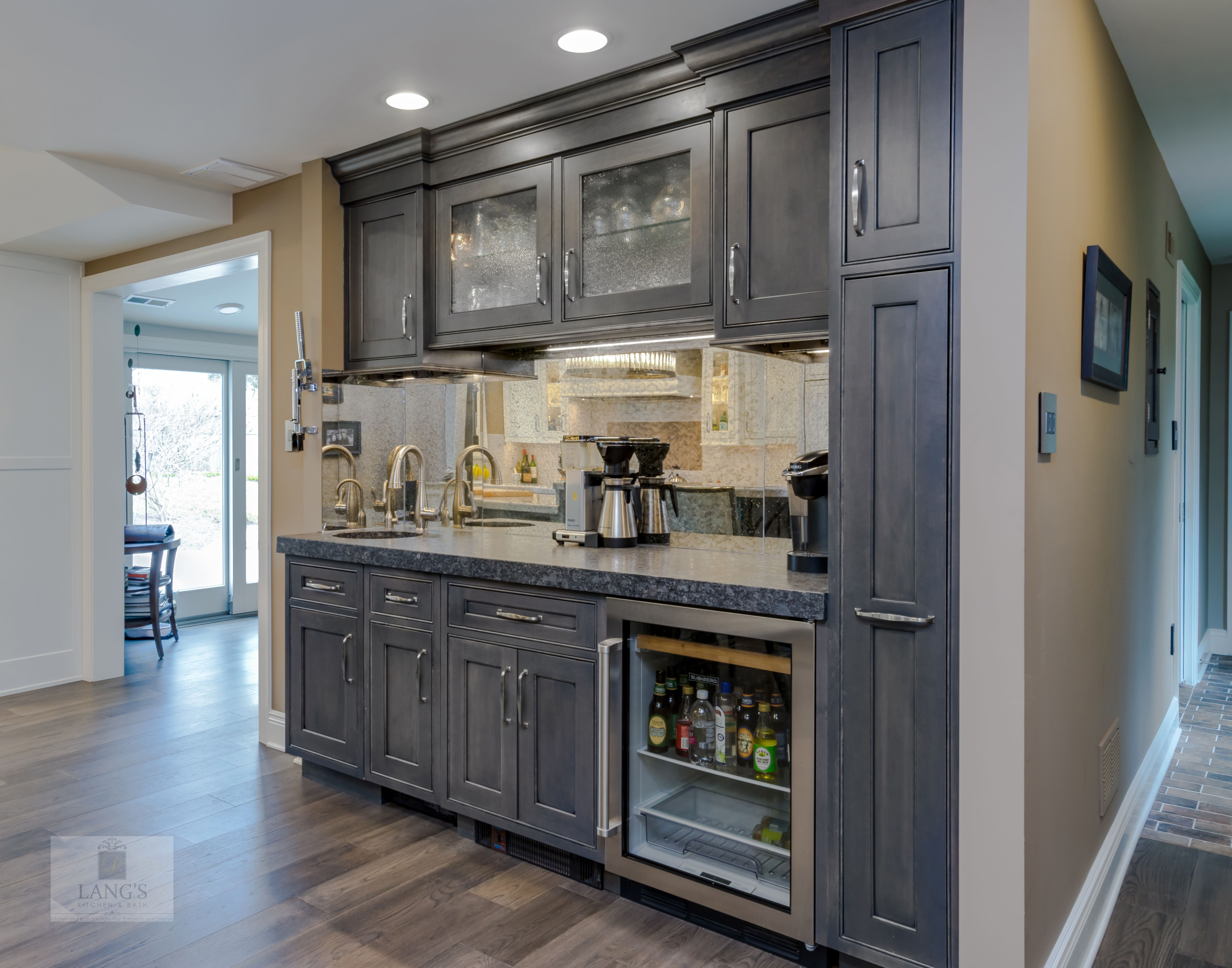 This Transitional Style Kitchen Remodel Is The Heart And Soul Of This Yardley Pa Home The Combinat Kitchen And Bath Design Kitchen Design New Kitchen Designs
