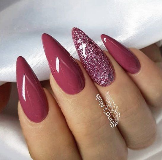 beautiful simple nail art design