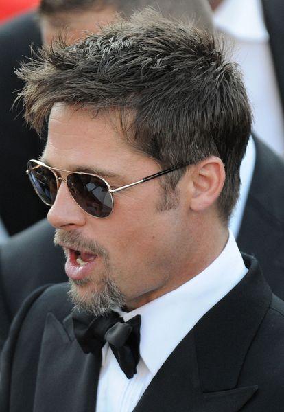 Brad Pitt Ooooohh Brad Pitt Brad Pitt Hair Brad Pitt And Angelina Jolie
