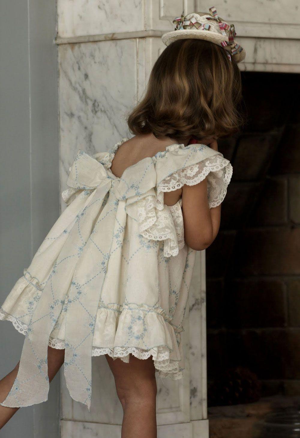 2cccc0eb2cb0 Lazo Batista Bordada. | No Sin Valentina | Armario | Flower girl ...