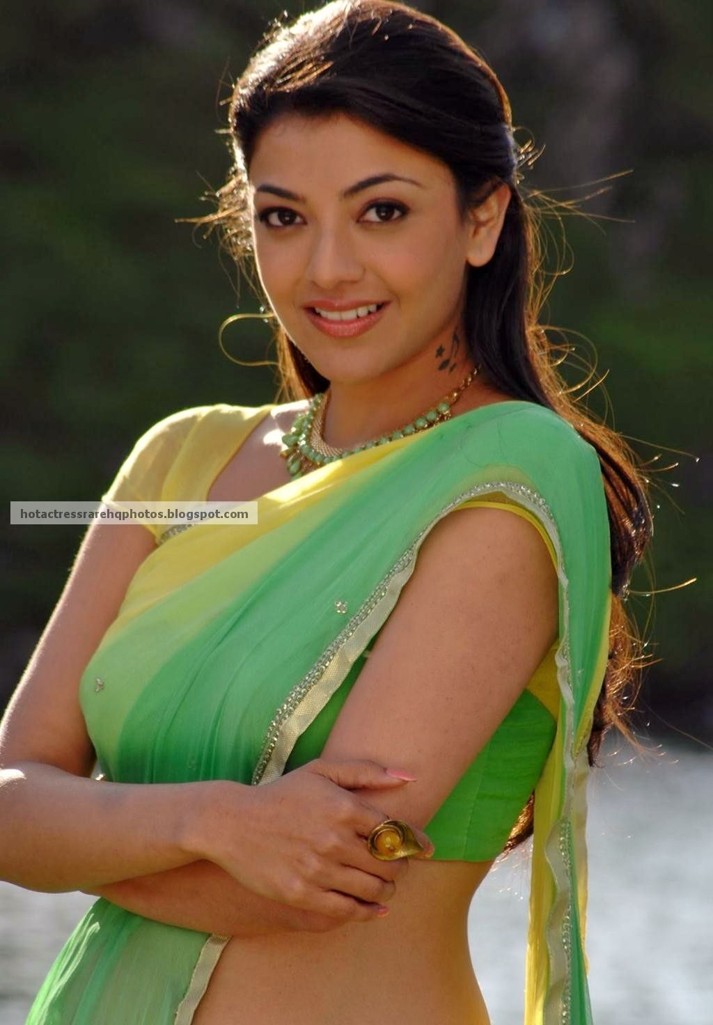 Kajal Agarwal Saree Stills From Thuppakki Movie 2 Jpg 1024 1472
