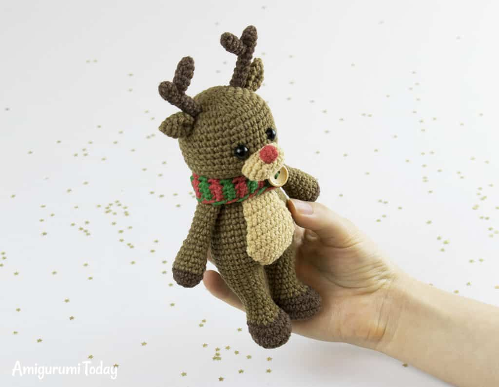 Cuddle Me Reindeer crochet pattern | Lil Projects | Croché ...