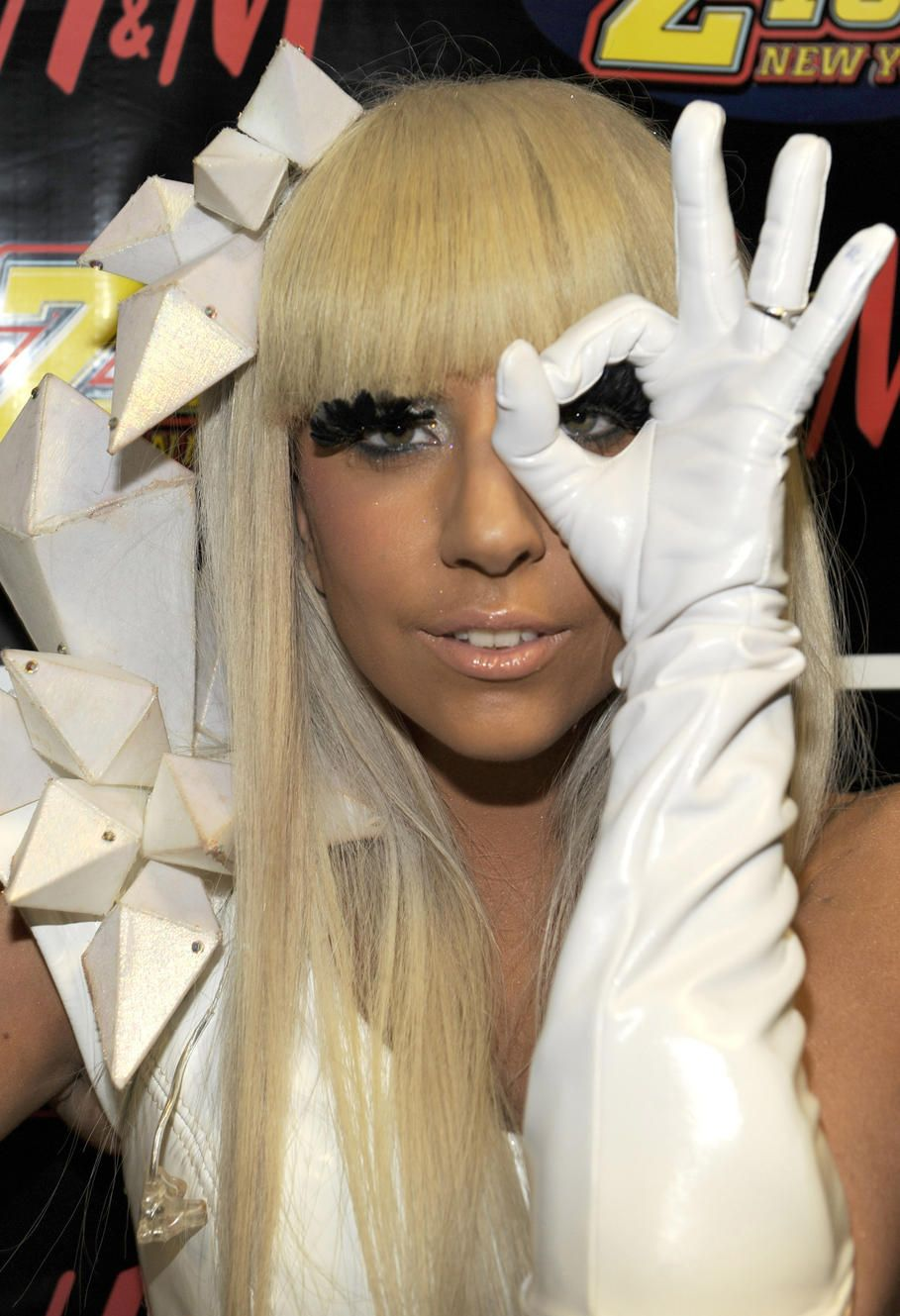 Celebritys celebritys pinterest lady gaga and illuminati i hate this girl one of the worst devil worsphipers goin biocorpaavc