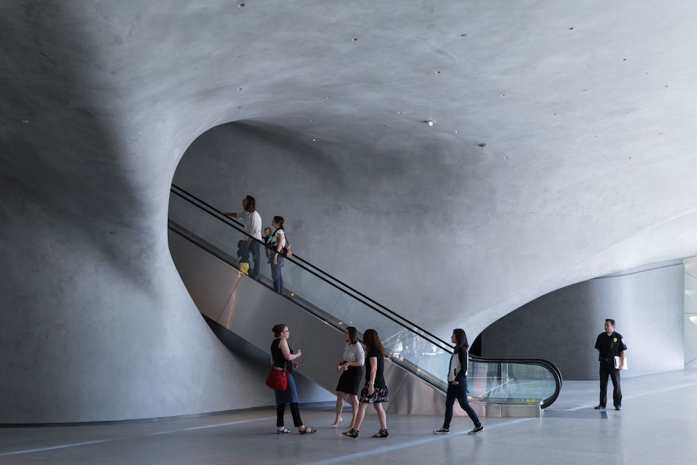 LA's Broad Museum: A Downtown Destination Fit for the Instagram Age - Curbed