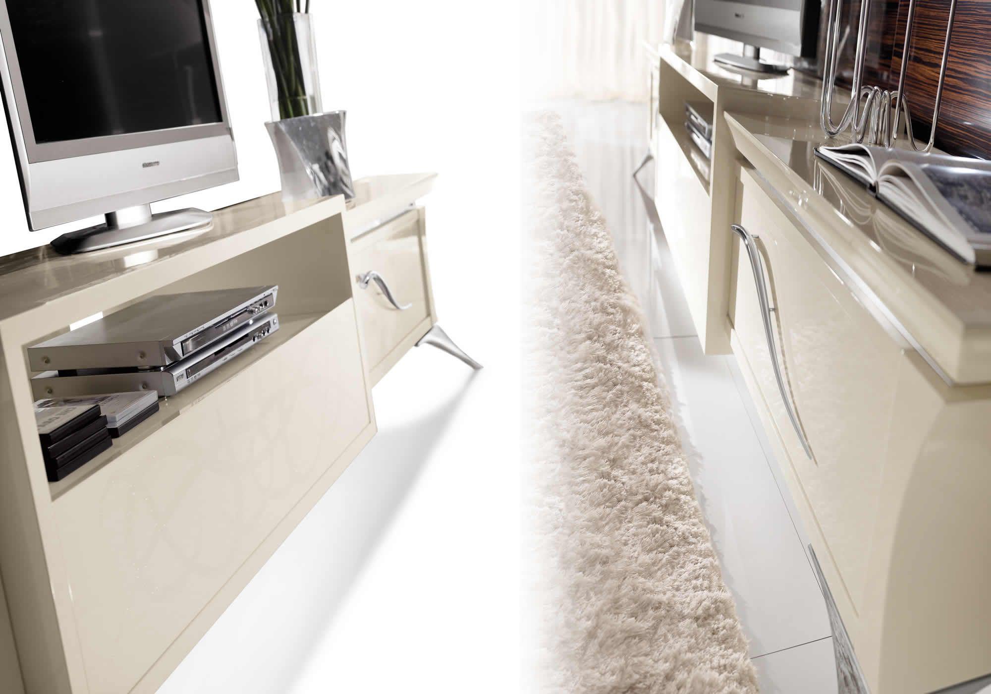 Classic Design Italia Mobili.Redeco By Somaschini Mobili Manufactured Classic Furniture Mobili