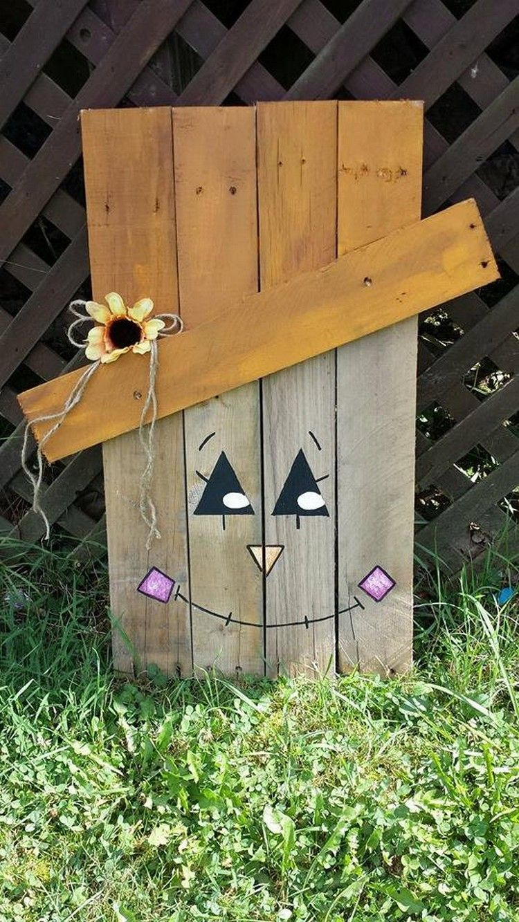 Wooden halloween yard decorations - Pallet Halloween Yard Decoration Ideas