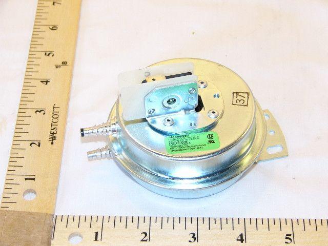 Heil Quaker ICP 1008817 Pressure Switch