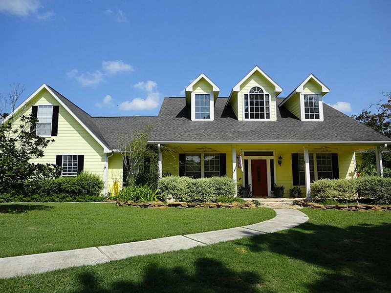 Ranch Style Home Plans With Red Door Exterior House
