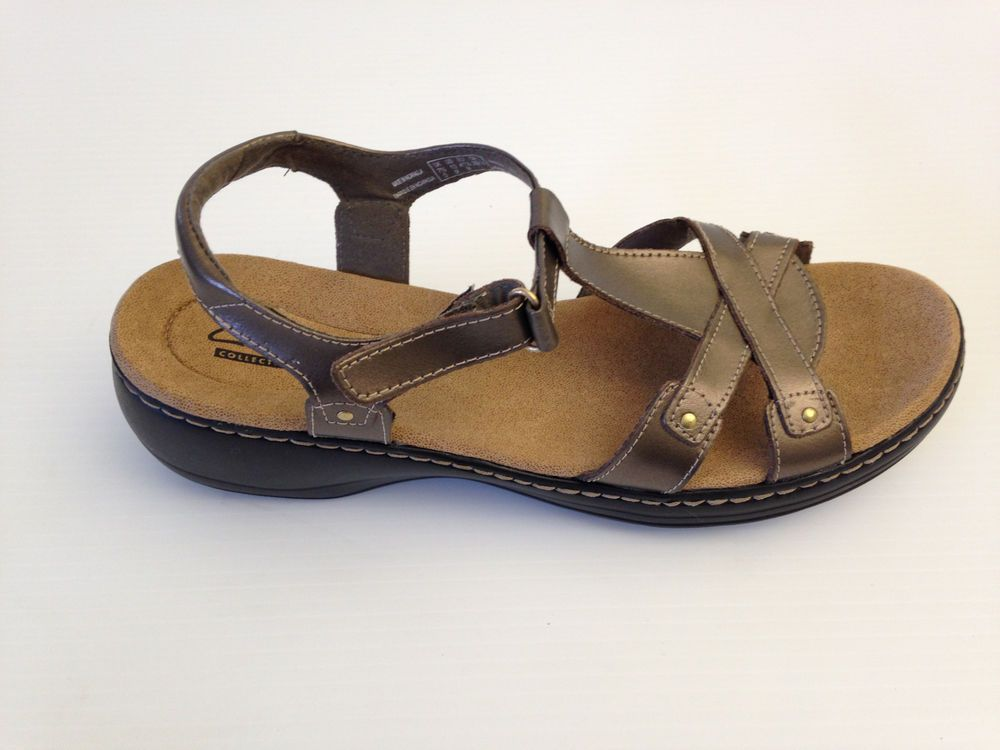 dd5c0080d35 CLARKS Women s Hayla Flute Pewter Leather T-Strap Sandals Sz 10 M USA   Clarks  TStrap  Casual