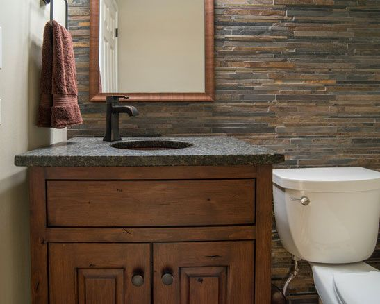 Mueble para lavabo hecho de madera y pila de imitaci n a - Mueble para lavabo ...