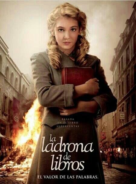 The Book Thief New Movie In Theaters 11 8 Better In Bulk A Rapariga Que Roubava Livros A Menina Que Roubava Livros Filmes